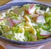 Весенний салат с капустой, огурцом и редисом
