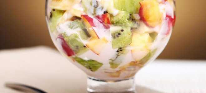 Рецепты фруктовых салатов на новый год. Как приготовить новогодние салаты из фруктов. Салат из фруктов в ананасе