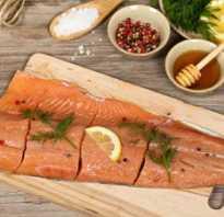 Как мариновать красную рыбу для шашлыка