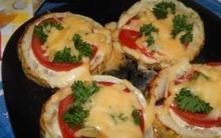 Кабачки с помидорами и сыром на сковороде