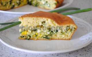 Заливной пирог с репчатым луком и яйцом