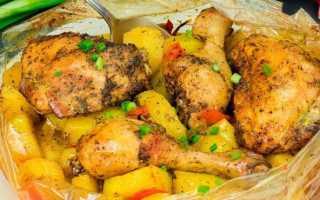 Как приготовить картошку с курицей в рукаве для запекания. Курица с картошкой в рукаве в духовке. Как запечь курицу в духовке целиком с картошкой с корочкой в рукаве