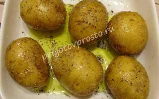 Как готовить картошку в мундире в микроволновке