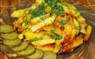 Как пожарить картошку с чесноком на сковороде