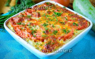 Кабачковая запеканка с сыром и помидорами