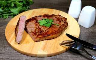 Как пожарить стейк из мраморной говядины дома