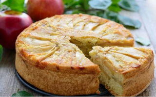 Как испечь яблочный пирог на кефире рецепт