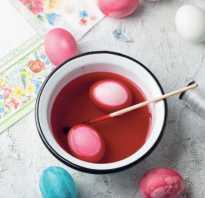 Как красить яйца капустой